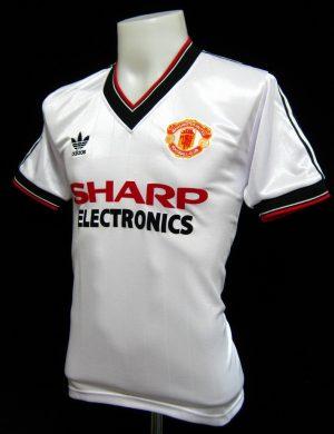 Manchester United Away Shirt 1982/83