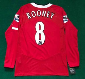 Manchester United 2004/06 home shirt